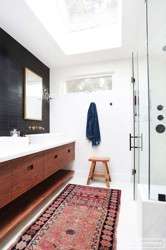 5 Bathroom Looks We Love